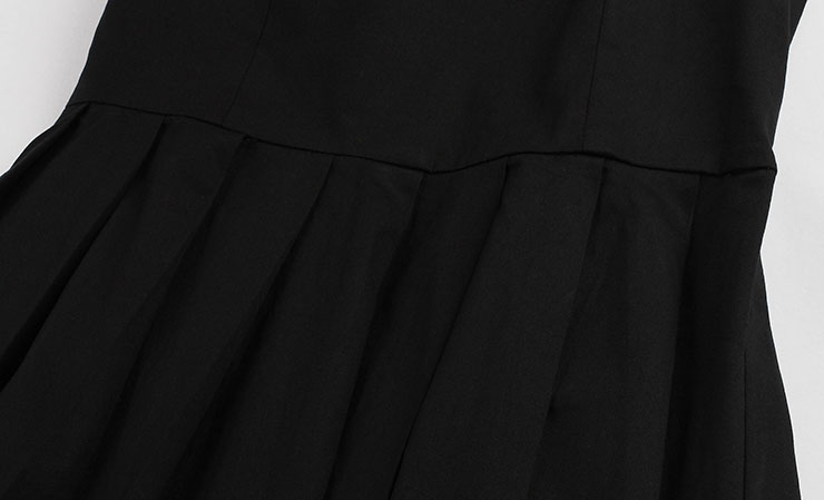 Elegant Black A-Line Sleeveless Pleated Little Cocktail ...