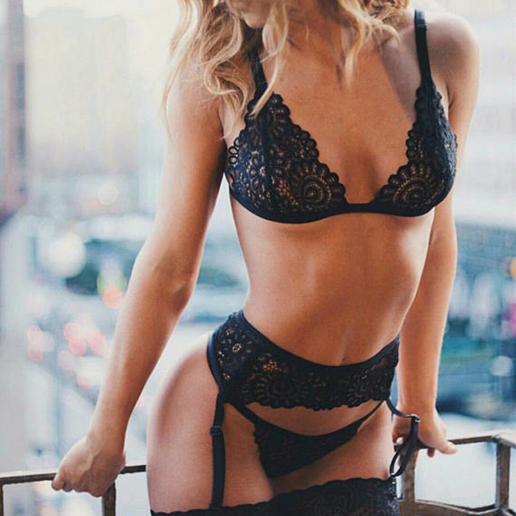 Sexy Black Floral Lace Bra Top and Panty Bikini Lingerie Set with Garters N16430