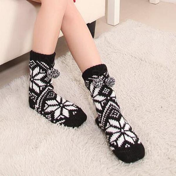 Snowflake Fleece Lining Knit Christmas Stockings Slipper Socks  HG12121