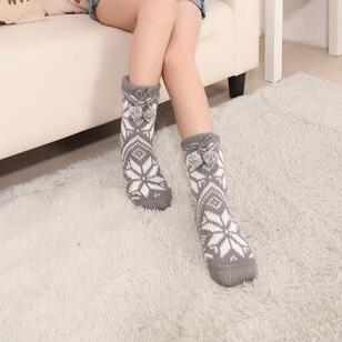 Snowflake Fleece Lining Knit Christmas Stockings Slipper Socks  HG12122
