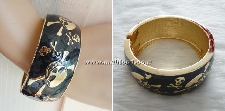 black wide skull bracelet, skull bracelet, band width bracelet, #J7092